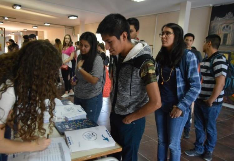 Abren convocatoria para estudiantes que quieran ser tutores universitarios