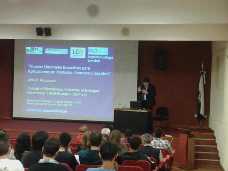 """El Dr. Aldo Boccaccini disertó sobre """"Nuevos Materiales Bioactivos para Aplicaciones en Medicina: Avances y Desafíos"""""""