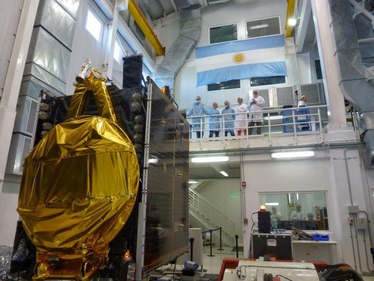 Se realizó una Charla sobre ARSAT 1