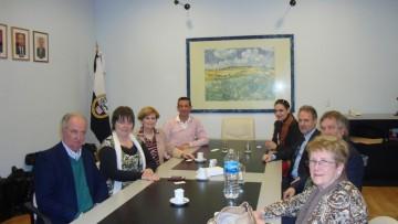 Importante visita de las autoridades de la Alianza Francesa a la FCAI