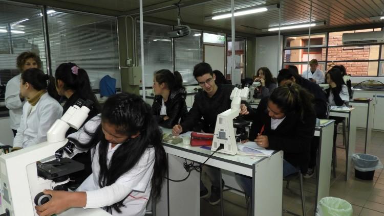 "Nos visitó la Escuela de Educación Técnica (E.E.T.) N° 4-114 ""Manuel Belgrano"""