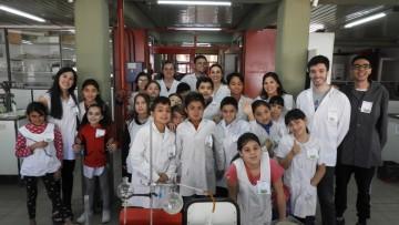 """Prácticas Sociales Educativas """"La ciencia como puente"""""""