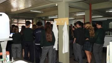 Continúan las visitas de colegios secundarios en la FCAI