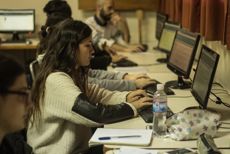 Formaron a docentes universitarios en recursos digitales y virtualidad