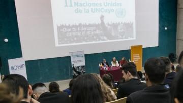 Jóvenes latinoamericanos simulan Modelo de Naciones Unidas