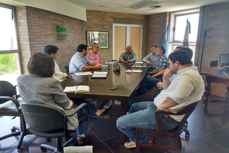 Reunión entre CONICET y UNCUYO con investigadores sobre propiedad intelectual