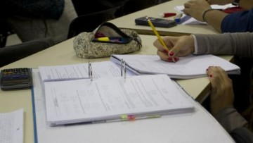 Otorgamiento de DOS (2) Becas para Graduados para Matemática del Ingreso modalidad Intensiva