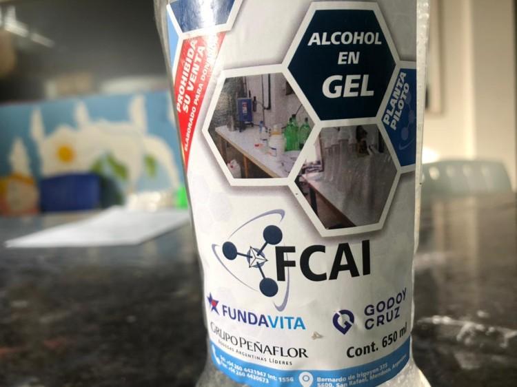 Envío de alcohol en gel a Fundavita