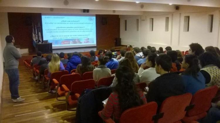 Se realizó una reunión por el Programa de Intercambio Estudiantil para el Segundo Semestre de 2016